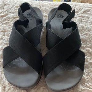 Clark Cloudstepper sandals